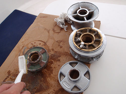 Windlass oxidation cleaning